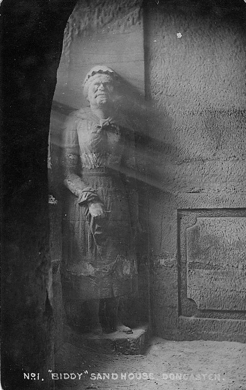 08_carving_of_biddy_the_irishwoman2